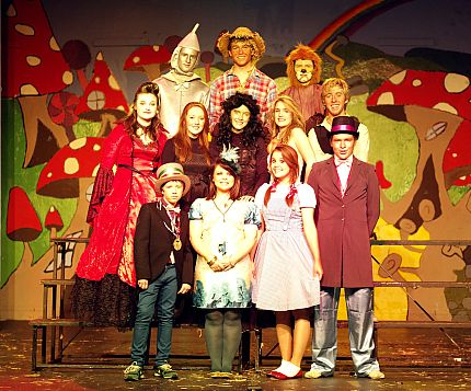 Newbridge_College_Musical_2008_Cast.jpg